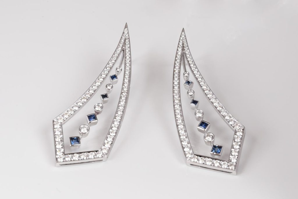 http://diamond%20and%20sapphire%20drop%20earrings